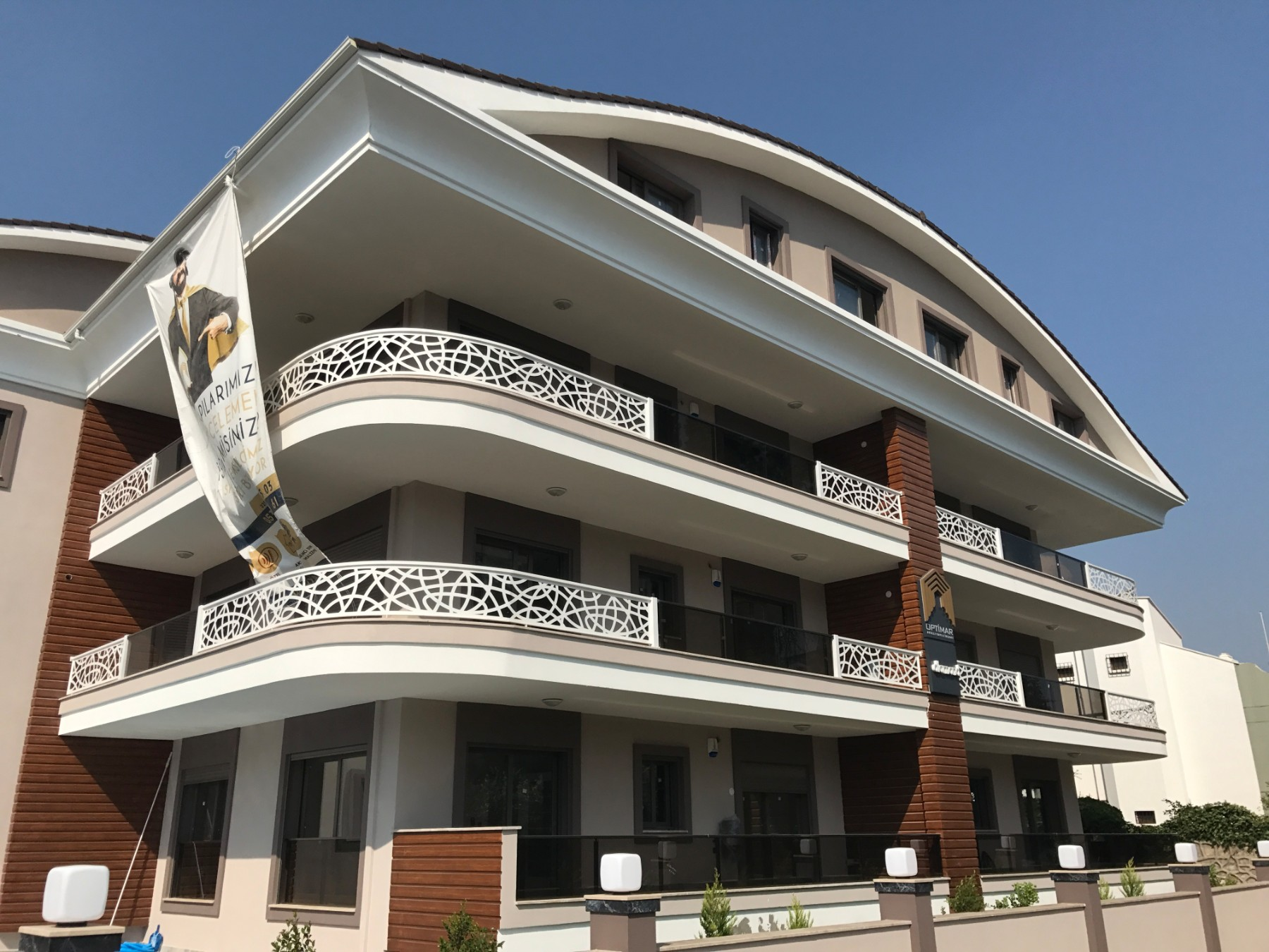Spacious 210 sqm 3 Bedroomed Luxury Apartment at Marmaris Centre