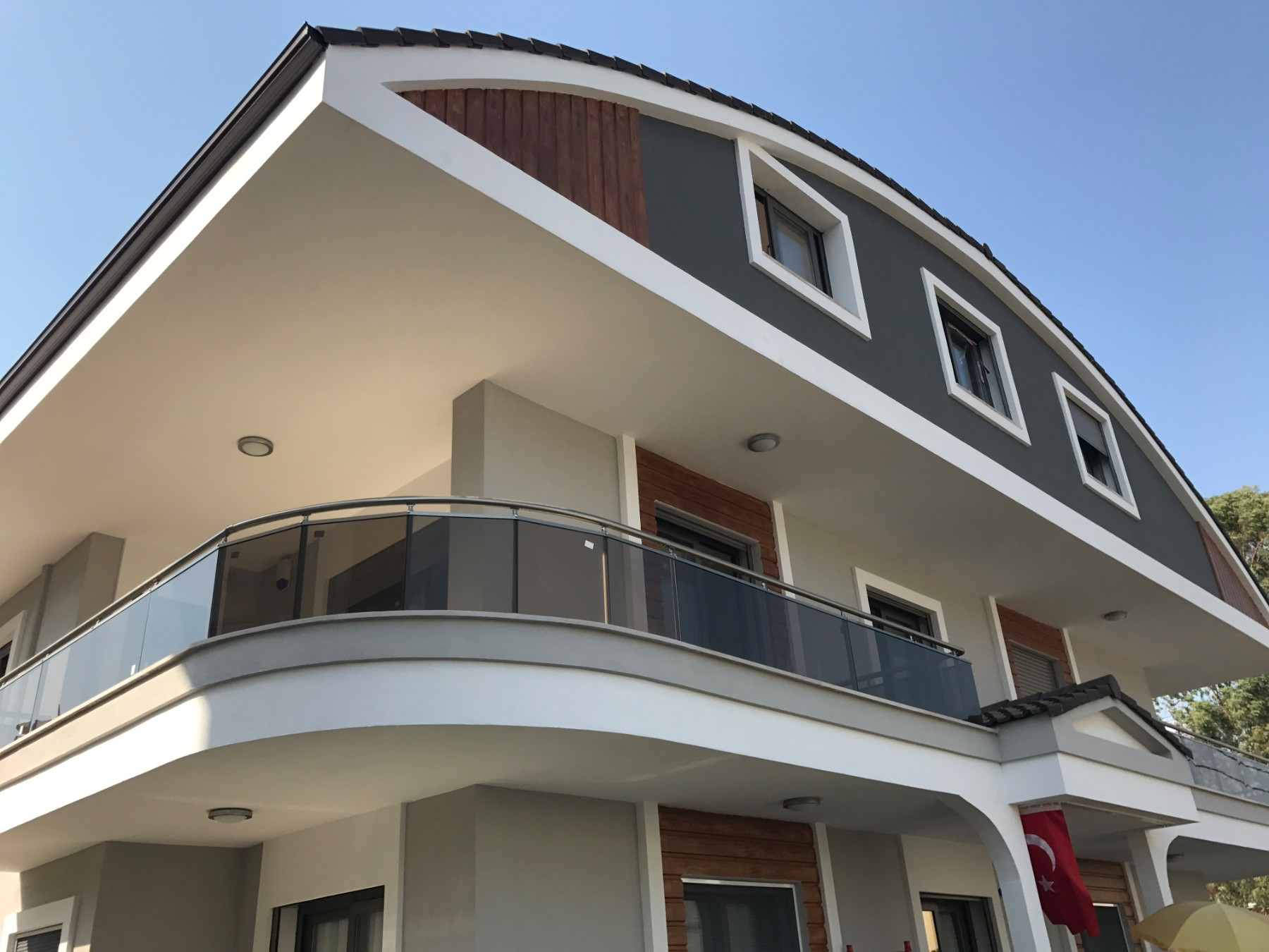 3 bedroomed large duplex apartment at center of  Armutalan in Marmaris