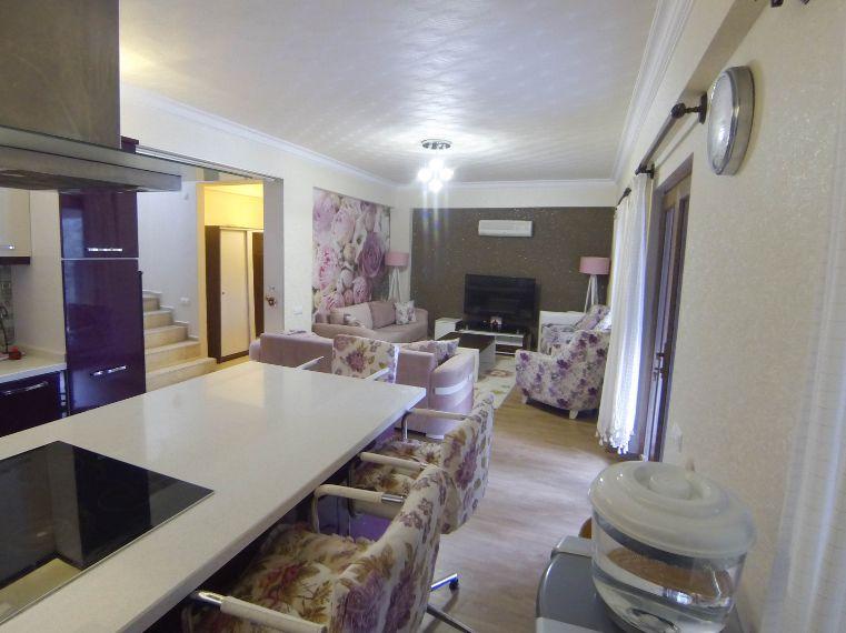 Marmaris kiralık villa 3 oda 1 salon 4 adet banyolu
