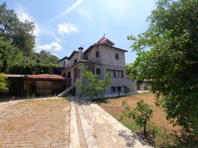 Marmaris Emlak'tan Beldibinde Satılık 6+1 Havuzlu Villa